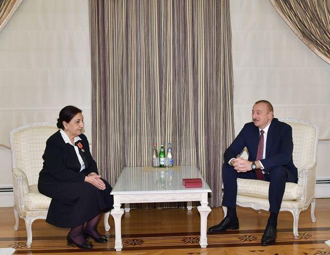 Президент Ильхам Алиев наградил Дилару Сеидзаде орденом «Шараф»