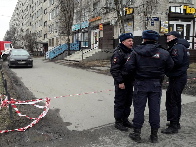 At least 30 malls and 35 hospitals of St. Petersburg receive bomb threats