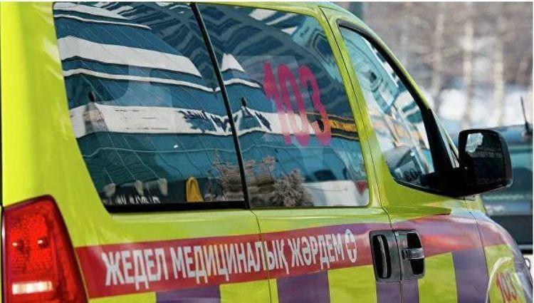 Qazaxıstanda sərnişin avtobusunun aşması nəticəsində 8 nəfər ölüb