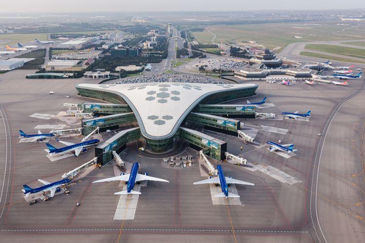 AZAL пополняет парк самолетов