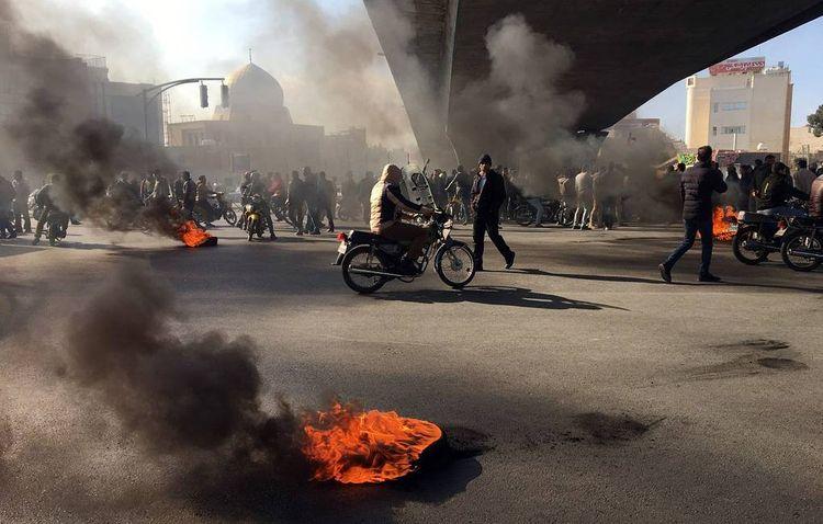 İran ölkədəki iğtişaşlara görə ABŞ-dan 130 milyard dollar kompensasiya istəyir