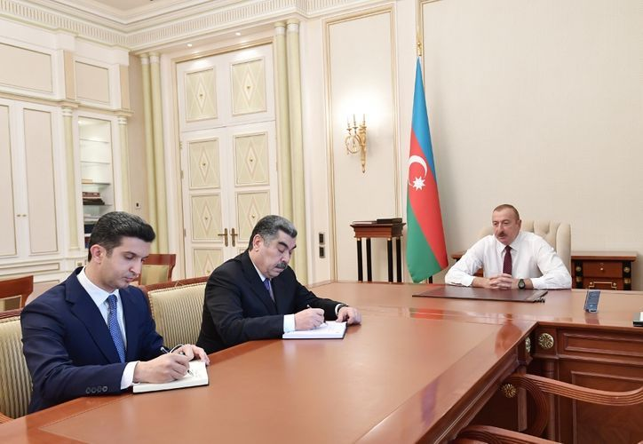 President Ilham Aliyev receives newly appointed heads of Hacigabul and Naftalan EPs