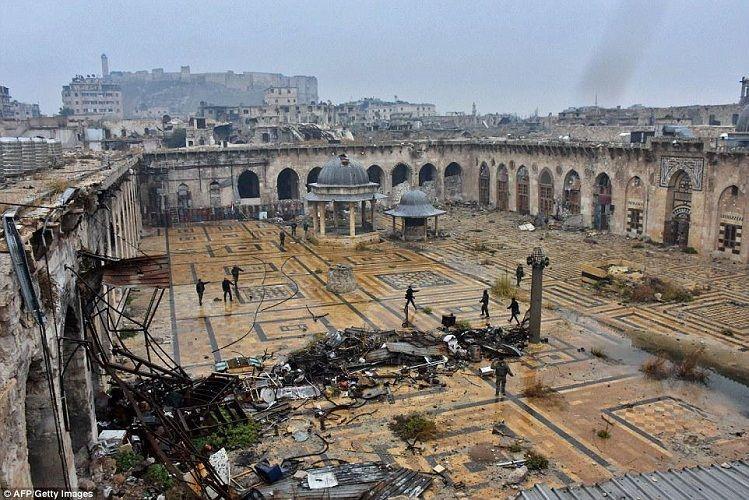 Hələbdə binanın atəşə tutulması nəticəsində 10 nəfər ölüb