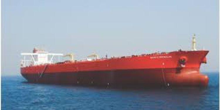 Pirates board a supertanker off Nigeria, kidnap 19 crew members