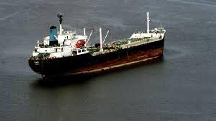Pirates kidnap 19 crew members of Greek tanker off Nigeria