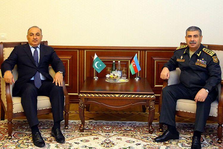 Закир Гасанов встретился с послом Пакистана