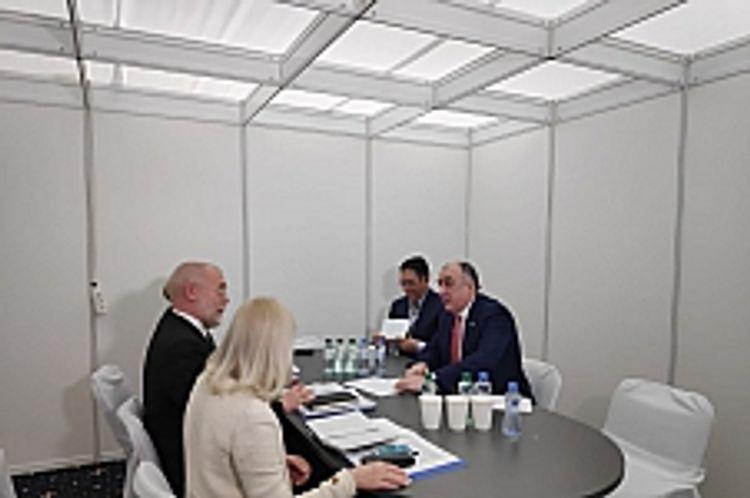 Azerbaijani FM met Deputy FM of Finland