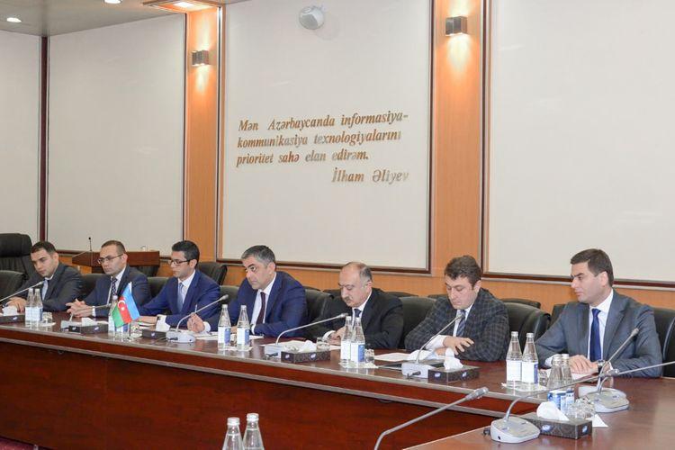 Ramin Quluzadə Ukraynanın İnfrastruktur naziri ilə görüşüb