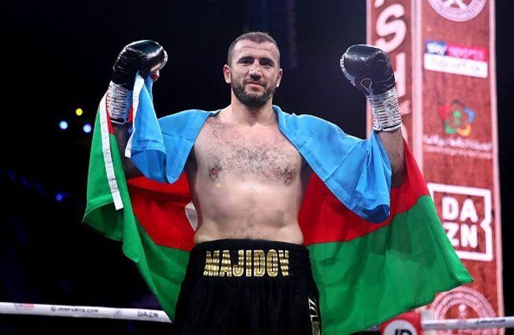Azerbaijani boxer Mahammadrasul Majidov knockouts Tom Little in two rounds - PHOTOSESSION - VIDEO