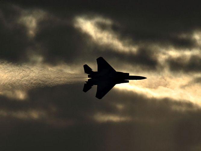 Израильские самолеты атаковали объекты ХАМАС в Газе