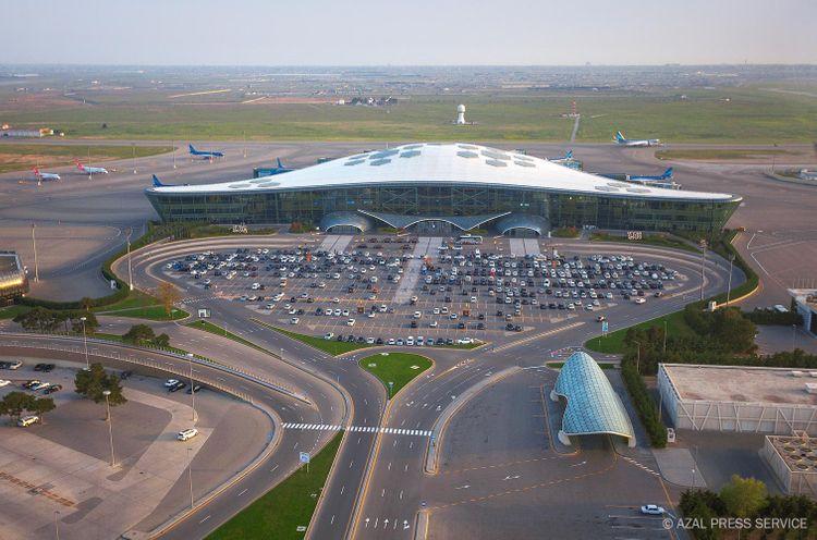 Heydər Əliyev Beynəlxalq Aeroportunda bu il sərnişin axını təxminən 5 mln. nəfər təşkil edəcək