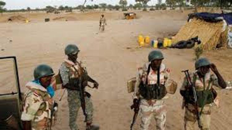 Nigeriyada hərbi düşərgəyə hücum edilib, 60 nəfər ölüb