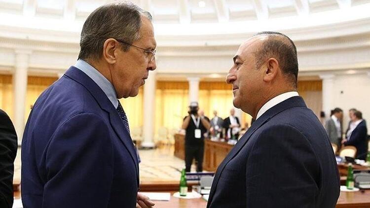 Состоялся телефонный разговор между главами МИД Турции и РФ