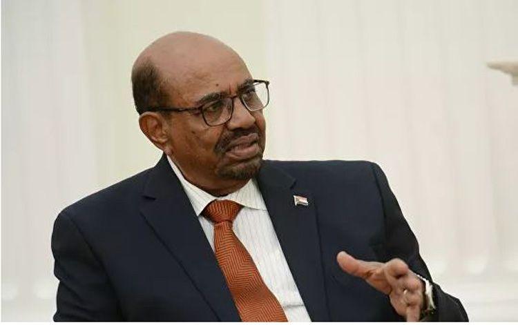 В Судане экс-президента аль-Башира приговорили к двум годам тюрьмы