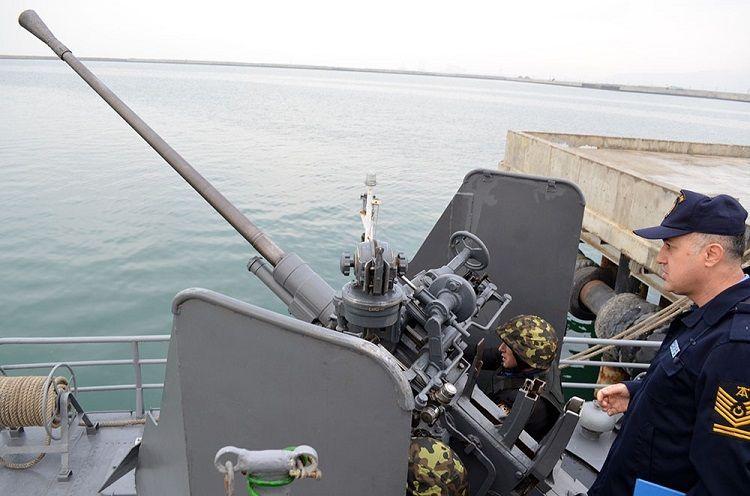 Турецкая делегация наблюдала за учебными тренировками Военно-морских сил Азербайджана