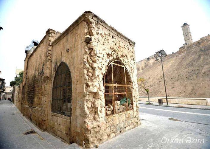 Азербайджанский фотокорреспондент посетил мавзолей Насими в Алеппо - ФОТО