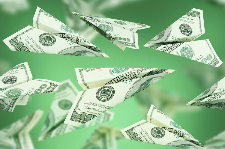 В этом году объем денежных переводов между РФ и Азербайджаном составил 850 млн. долларов