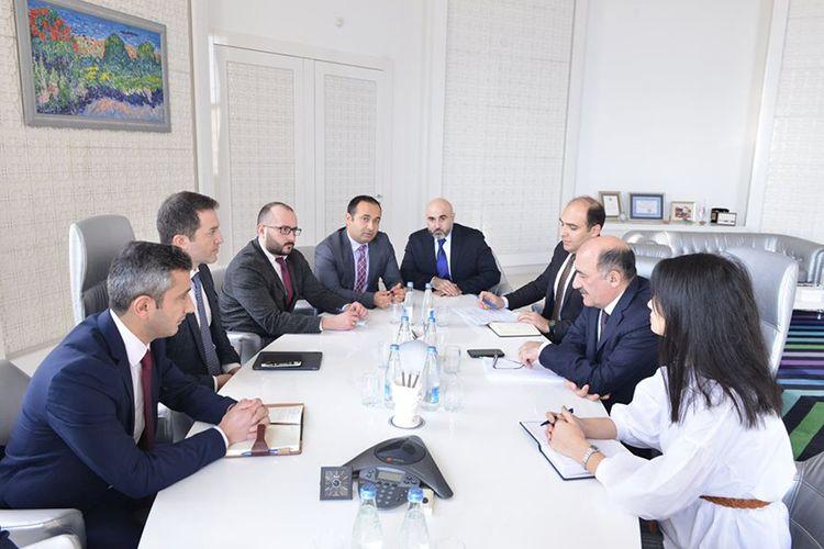 Əbülfəs Qarayev bir sıra ölkələrdəki Azərbaycan icmalarının təmsilçiləri ilə görüşüb