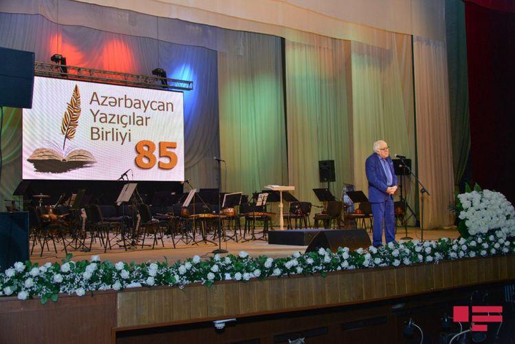 Azərbaycan Yazıçılar Birliyinin 85 illiyi qeyd edilib - FOTOSESSİYA