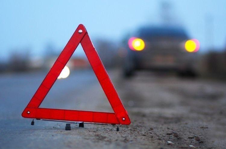 Car overturns in Azerbaijan's Hajigabul, mother and 5 children injured