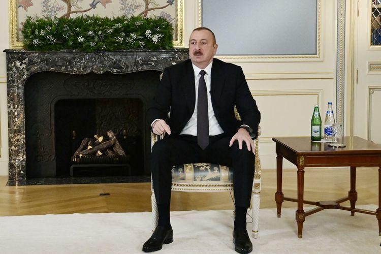 Президент Ильхам Алиев: Валютные резервы Азербайджана выросли до 50 миллиардов долларов