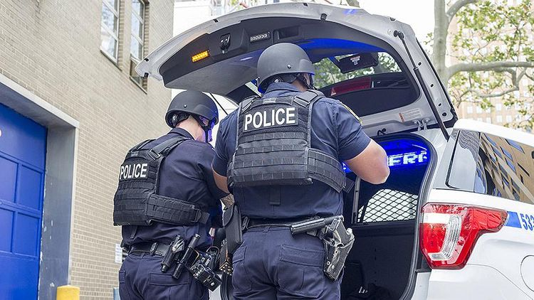 ABŞ-da naməlum şəxs 2 nəfəri güllələdikdən sonra intihar edib