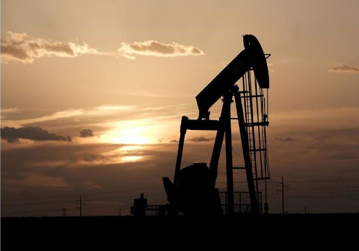 Oil prices continue to reach new highs based on expectations of US stockpile reductions