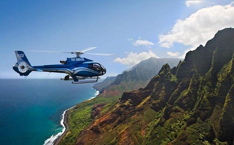 Havay adalarında içərisində 7 nəfərin olduğu helikopter yoxa çıxıb