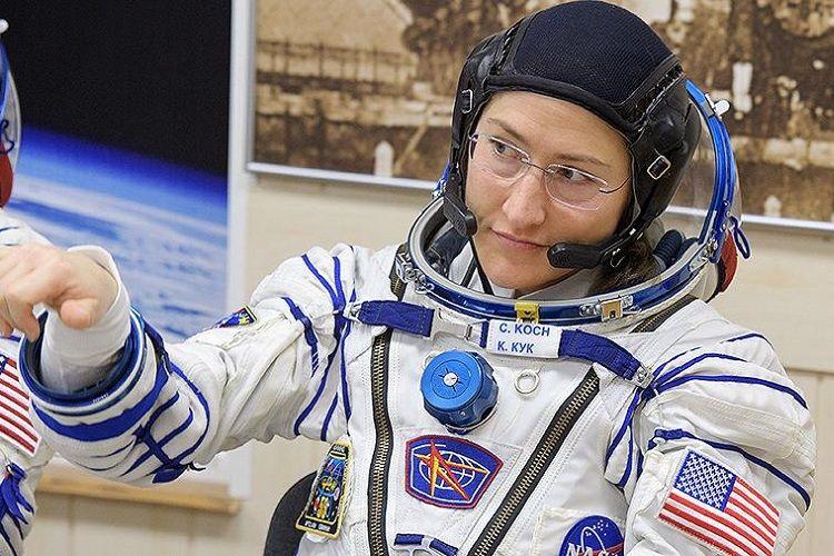 ABŞ astronavtı kosmosda qalma müddətinə görə qadınlar arasında rekord vurub