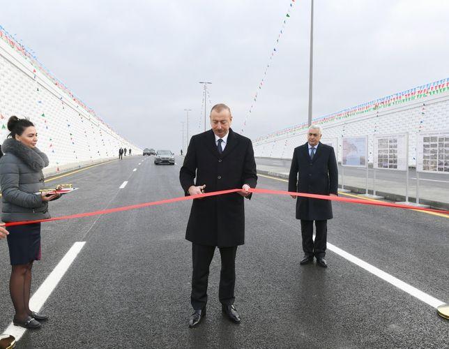 Prezident İlham Əliyev Pirşağıda avtomobil tunelinin açılışında iştirak edib - <span class=