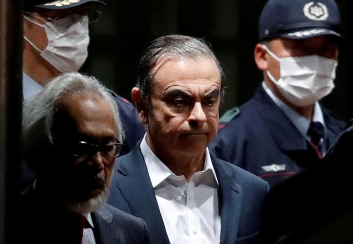 Ousted Renault-Nissan boss Ghosn leaves Japan for Lebanon