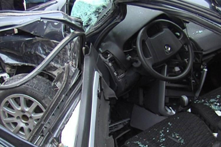 В Гарадагском районе автомобиль упал в овраг, есть погибшие и раненые