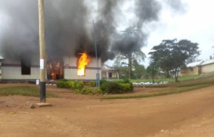 Heavy gunfire near UN base in DR Congo