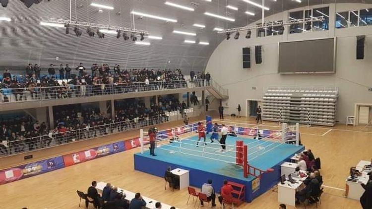 Boks üzrə Azərbaycan çempionatında yarımfinalçılar müəyyənləşib