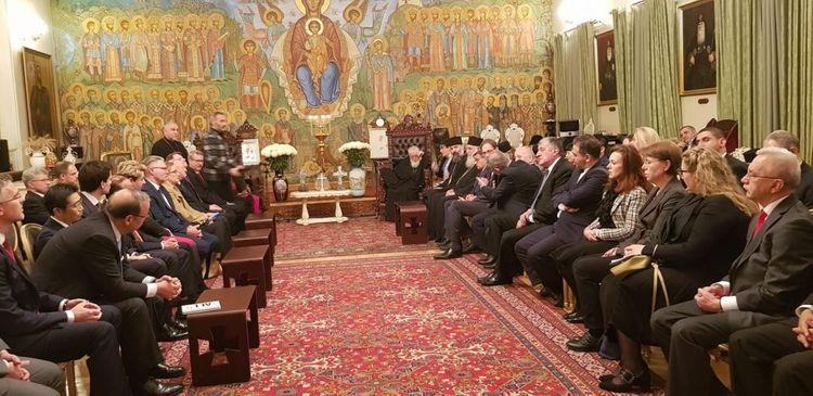Azərbaycan səfiri Gürcüstanın Katolikos-Patriarxı ilə görüşüb