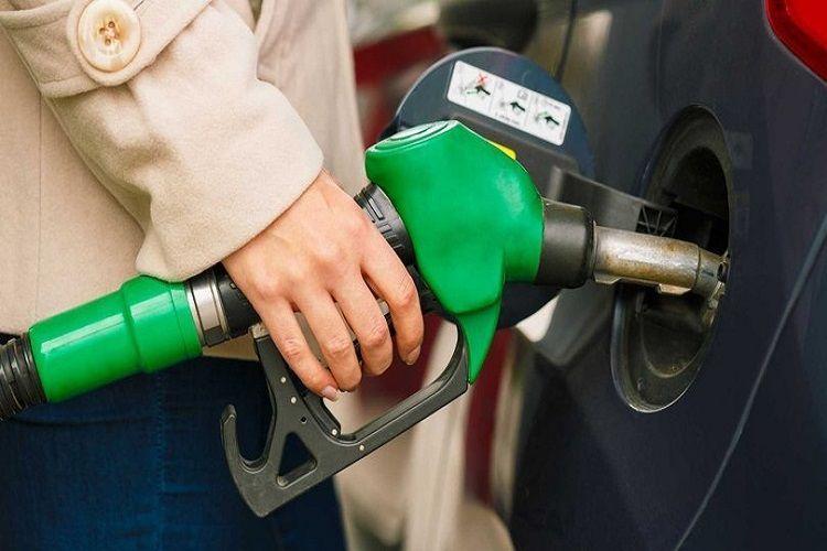 С завтрашнего дня в Азербайджане вводится 15%-ая таможенная пошлина на импортируемый автомобильный бензин