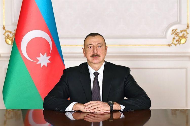 Президент Ильхам Алиев поздравил президента и вице-президента ОАЭ
