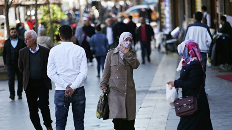 Турецкие власти обязали граждан носить маски в общественных местах
