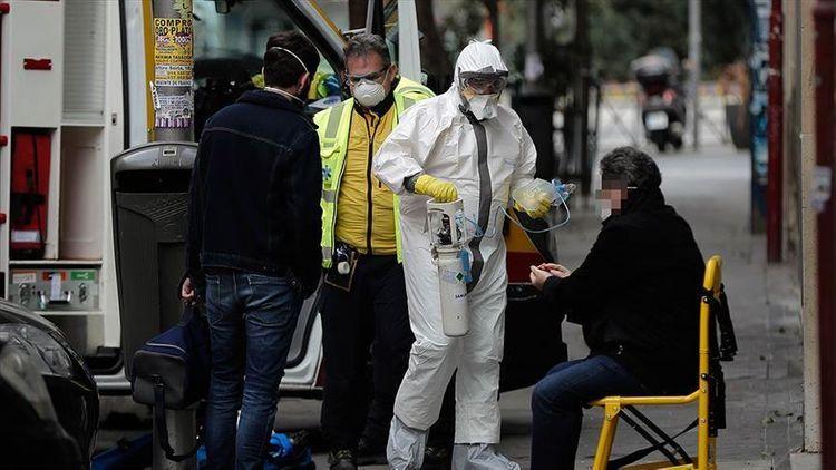 В Великобритании число жертв коронавируса превысило семь тысяч человек