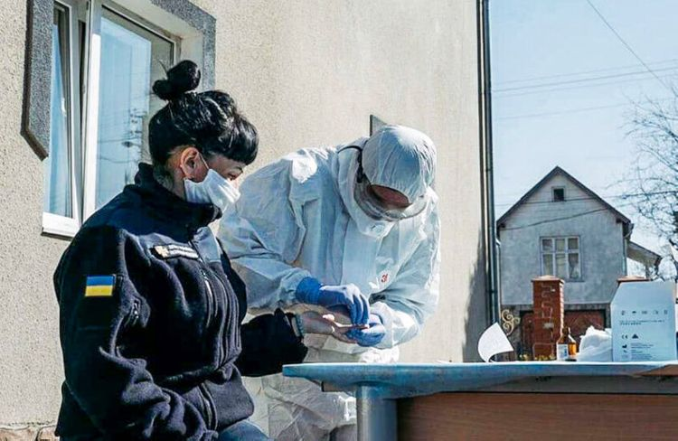 Some 334 medical workers catch COVID-19 in Ukraine