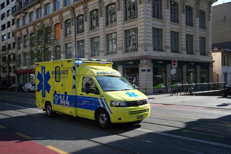 Swiss coronavirus death toll rises to 831