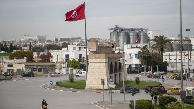 Tunisia president extends coronavirus lockdown