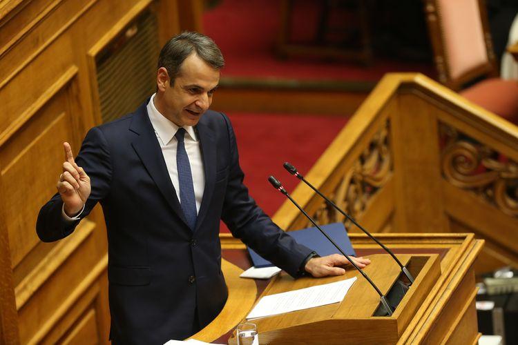 "PM: Coronavirus handling shows Greece no longer ""black sheep"" of Europe"