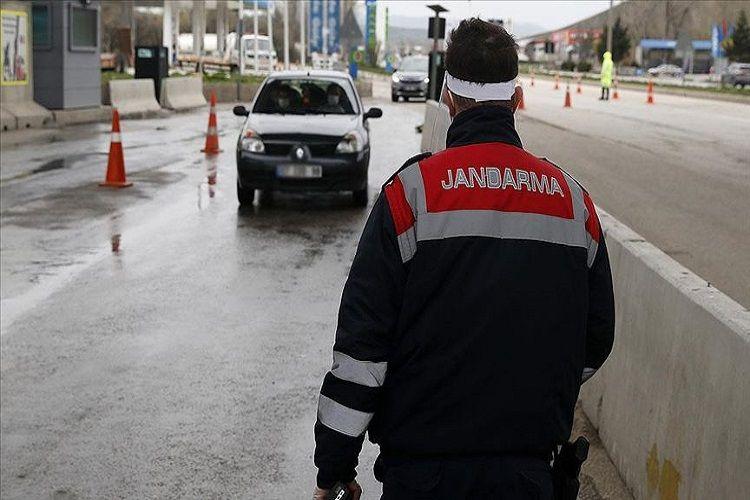 Türkiyənin 31 böyük şəhərinə giriş-çıxış qadağası daha 15 gün uzadılıb