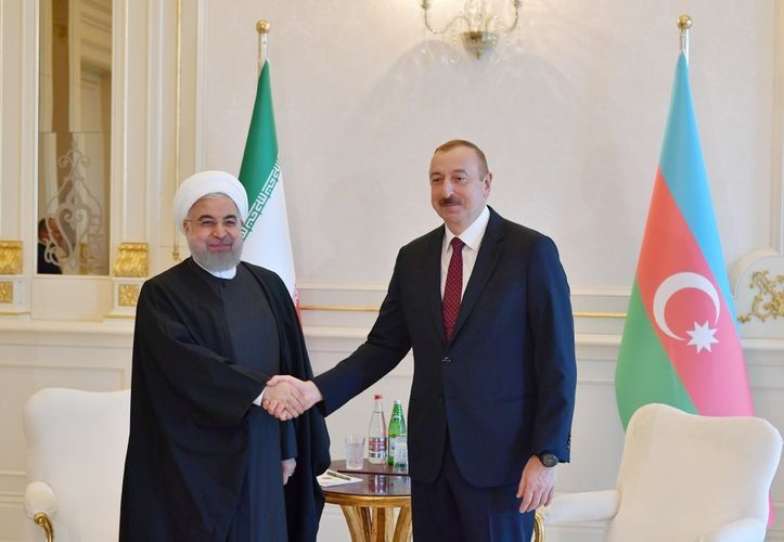 Azerbaijani, Iranian presidents hold phone conversation