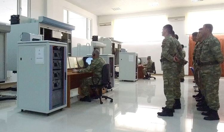 Azerbaijan's MoD: Cadets fulfill training exercises on the armored vehicles simulators - <span class='red_color'>VIDEO</span>