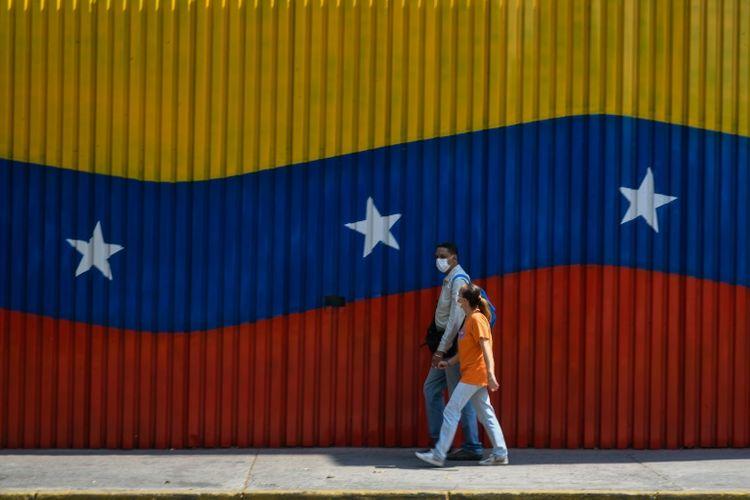 Venezuelan oil price falls below $10, lowest level in 20 years