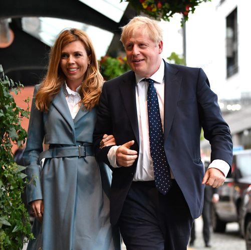 Boris Johnson and fiancée announce arrival of PM