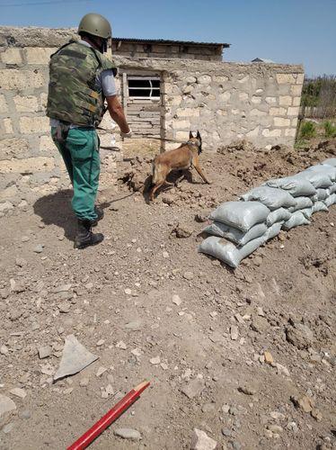 """Füzulidə rayonunda """"9M22U"""" raketinin arxa motor hissəsi aşkarlanıb"""