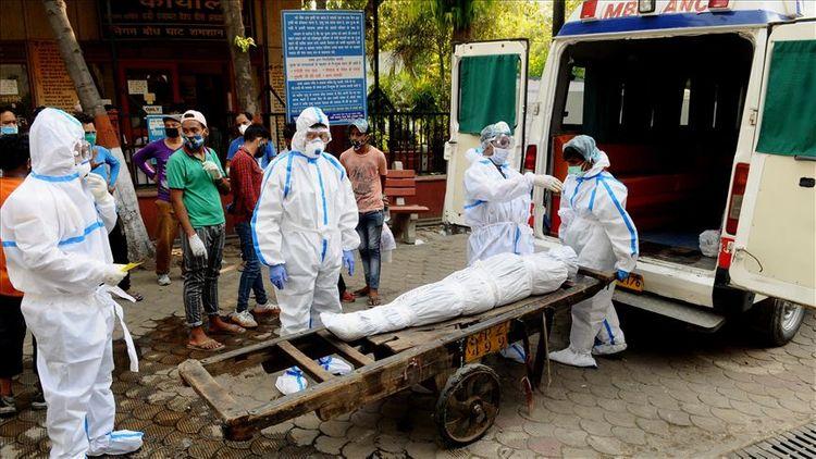 India reports 52,972 new coronavirus infections